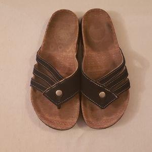 Muk Luks sandals